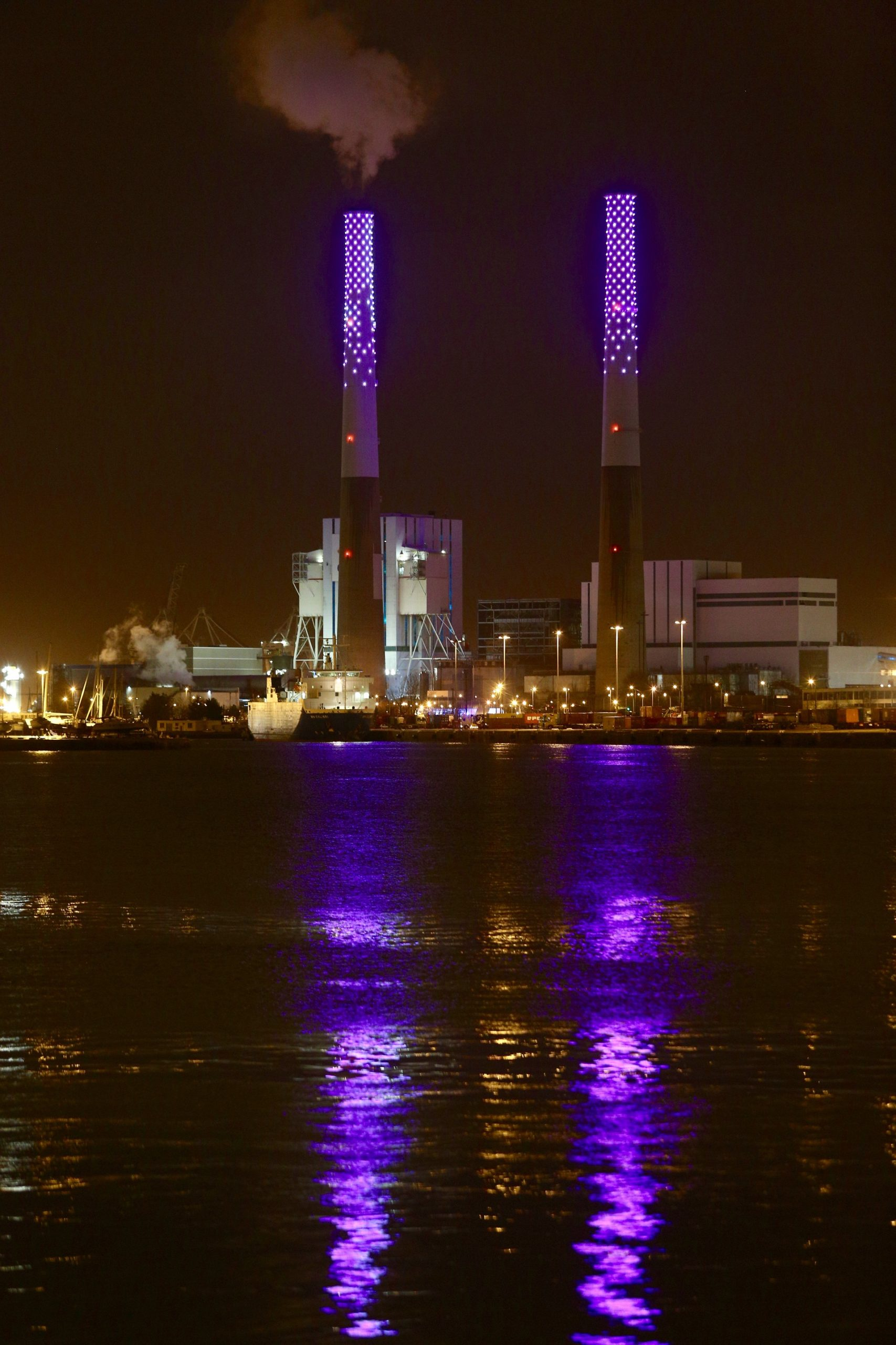 Félicie d'Estienne d'Orves, Vénus et Mars, Port du Havre, EDF © Philippe Bréard