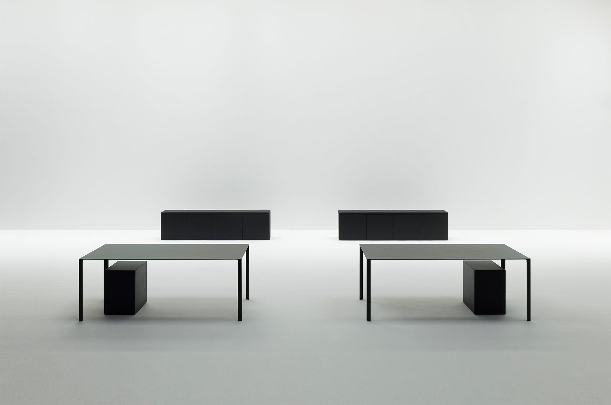 Less Less, Jean Nouvel Design © Mario Carrieri
