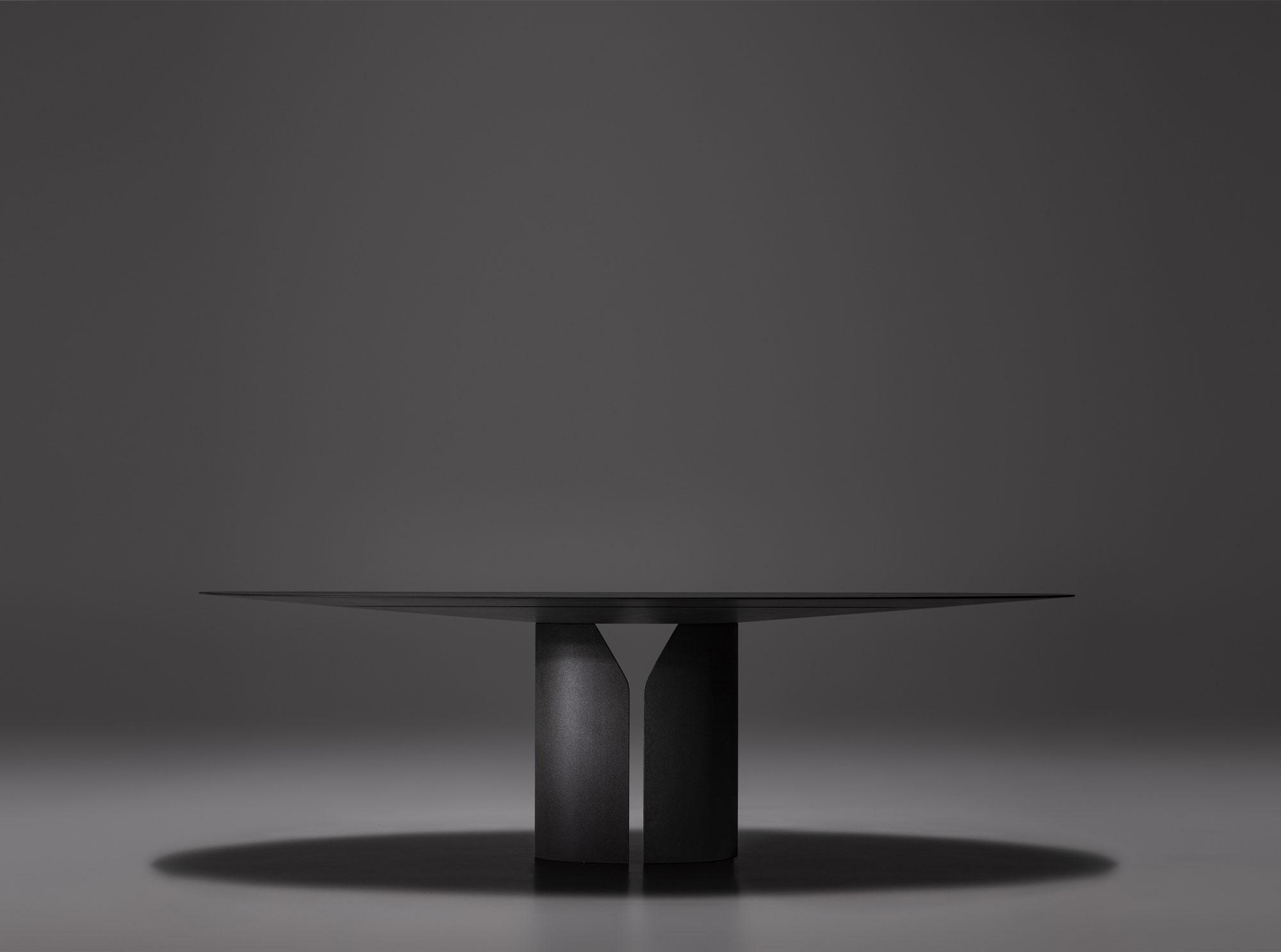 Ovale Table, Jean Nouvel Design © MDF Italia