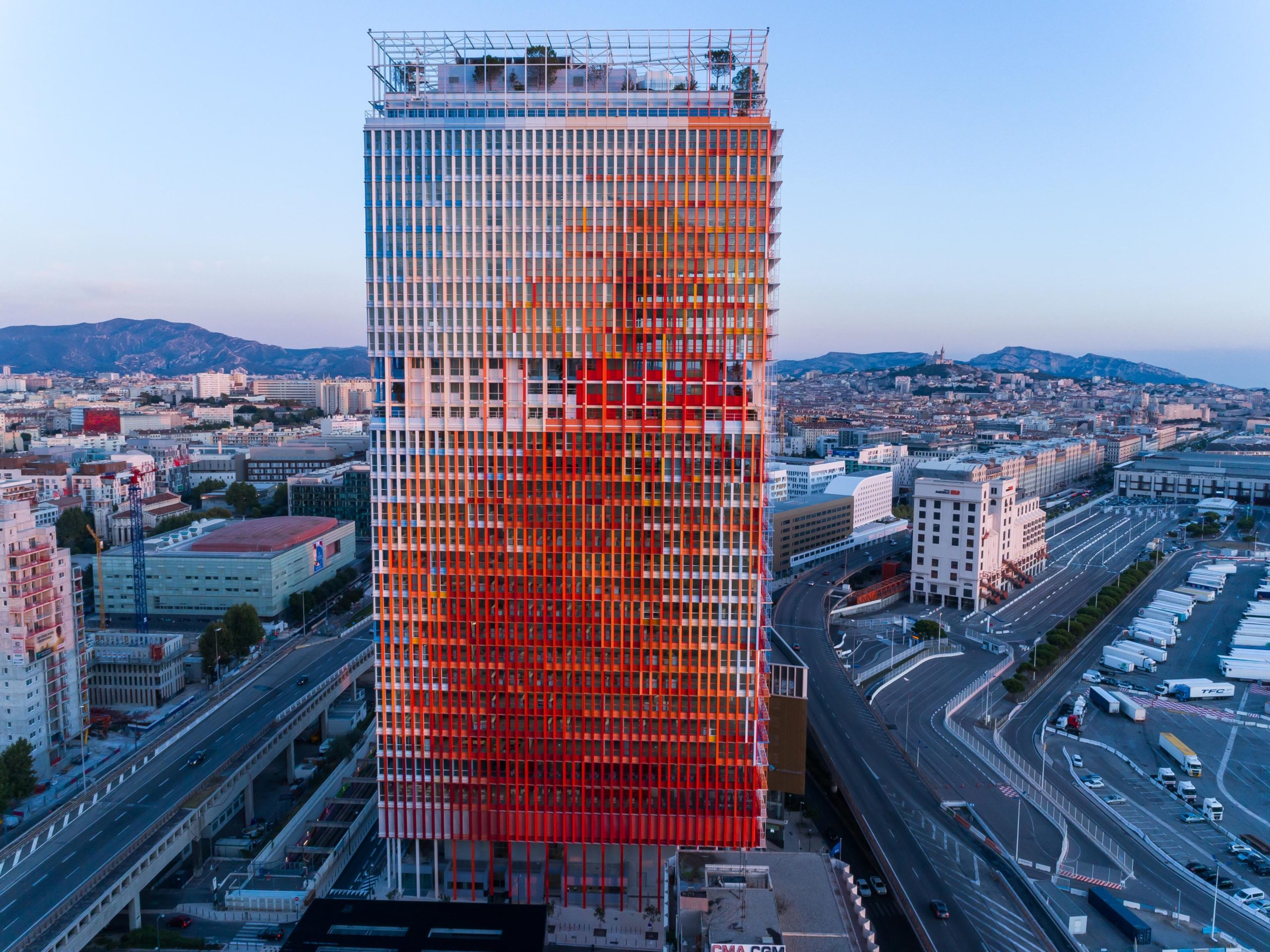 Tour La Marseillaise Ateliers Jean Nouvel © We are Content