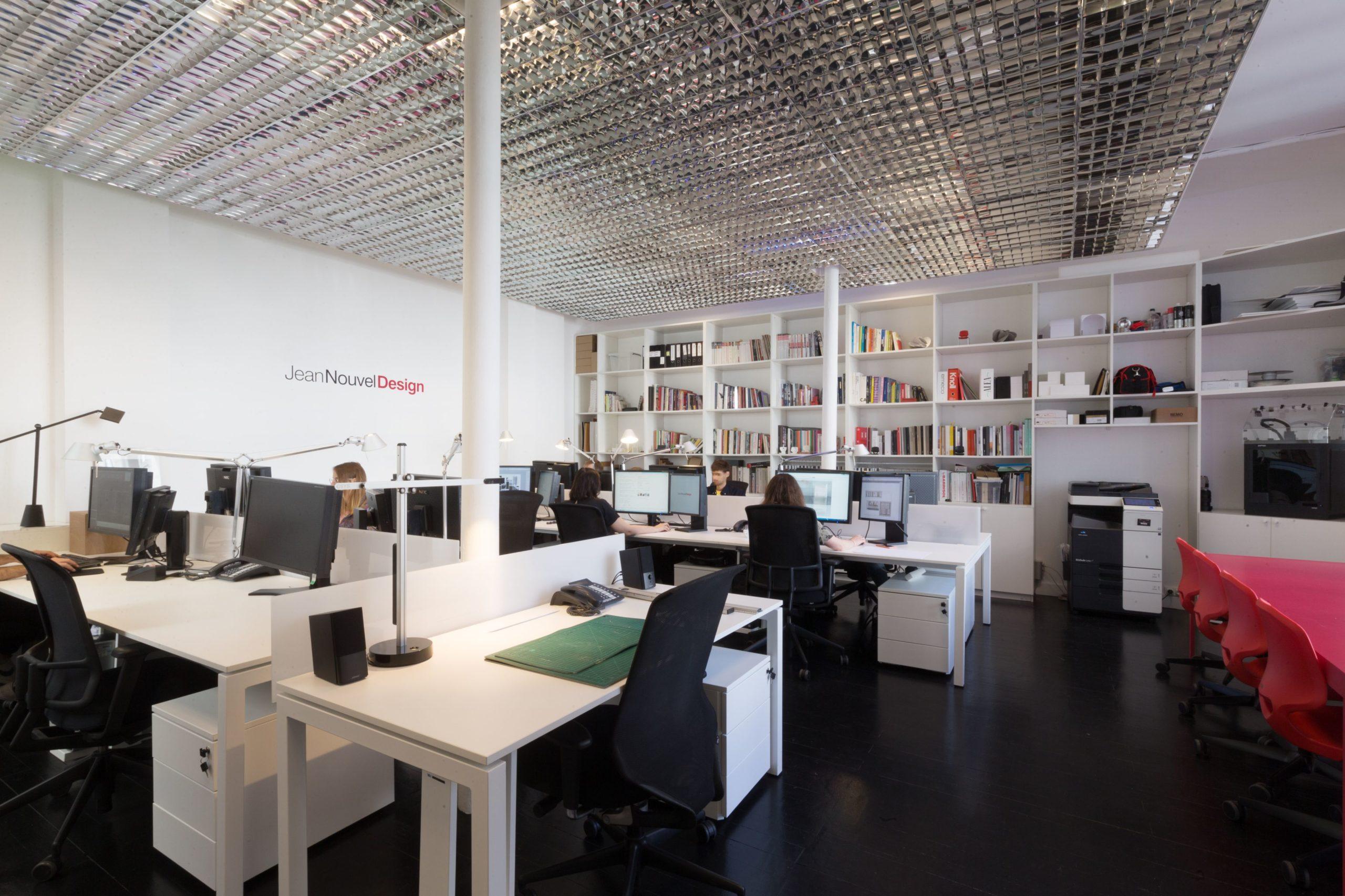 NEW OFFICE, JEAN NOUVEL DESIGN DÉMÉNAGE ET FAIT PEAU NEUVE