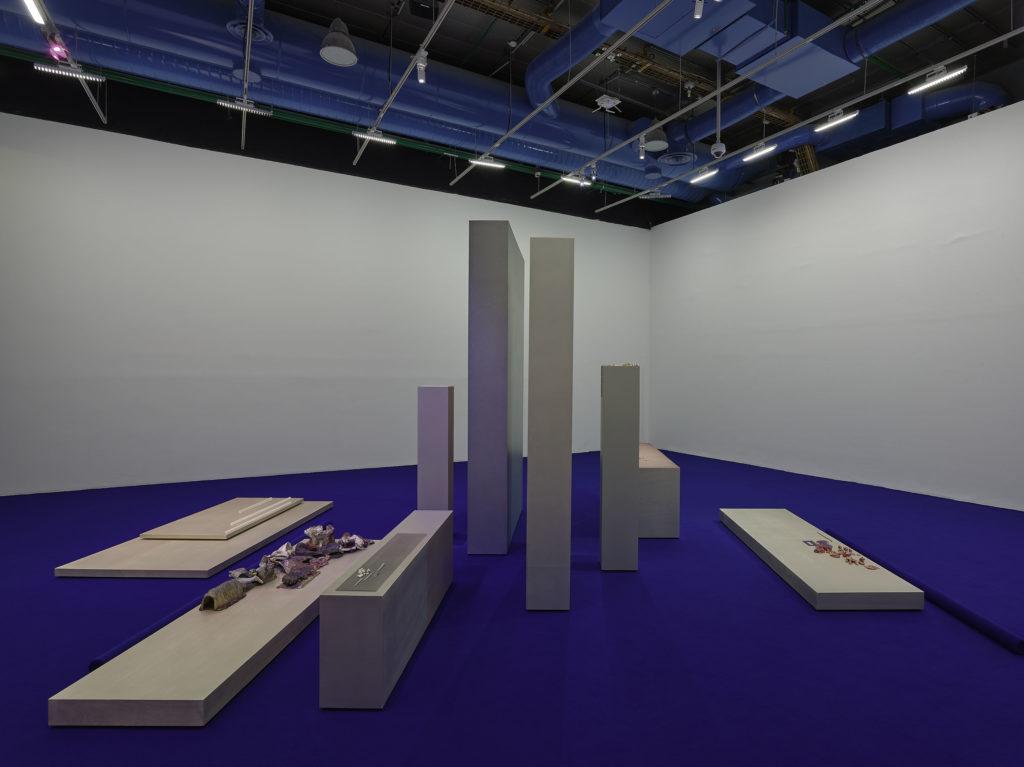 Prix Marcel Duchamp 2021, Isabelle Cornaro © Centre Pompidou, 2021, Photo Bertrand Prévost